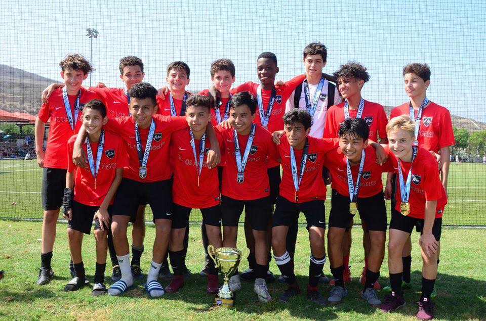 LA Breakers Boys' 04 team coached by Beto Dos Santos won the San Clemente Surf Tournament